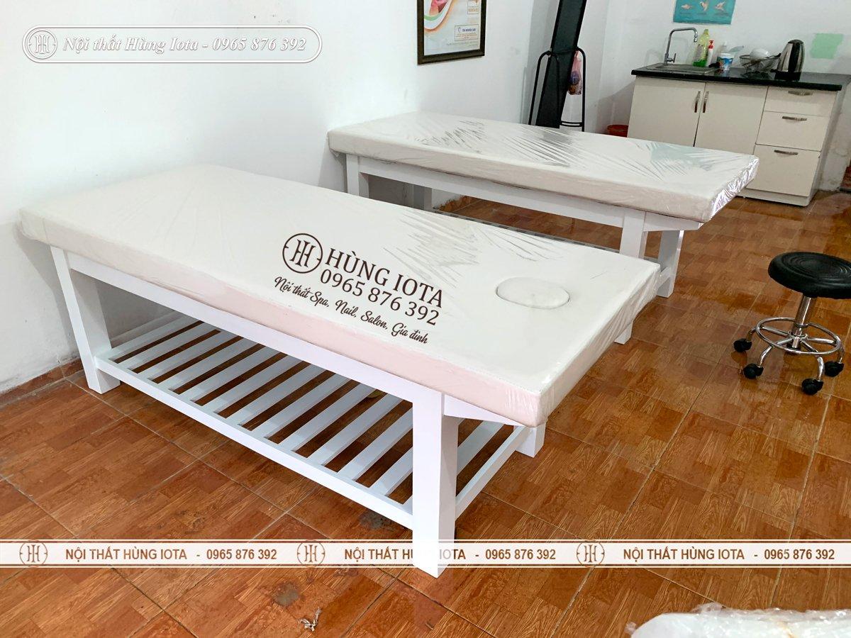 Giường spa gỗ thông màu trắng chât lượng