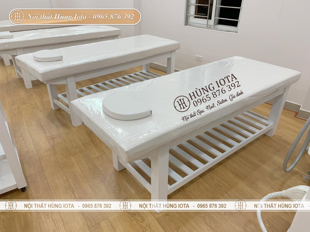 Giường spa giá rẻ màu trắng ở Quảng Ninh