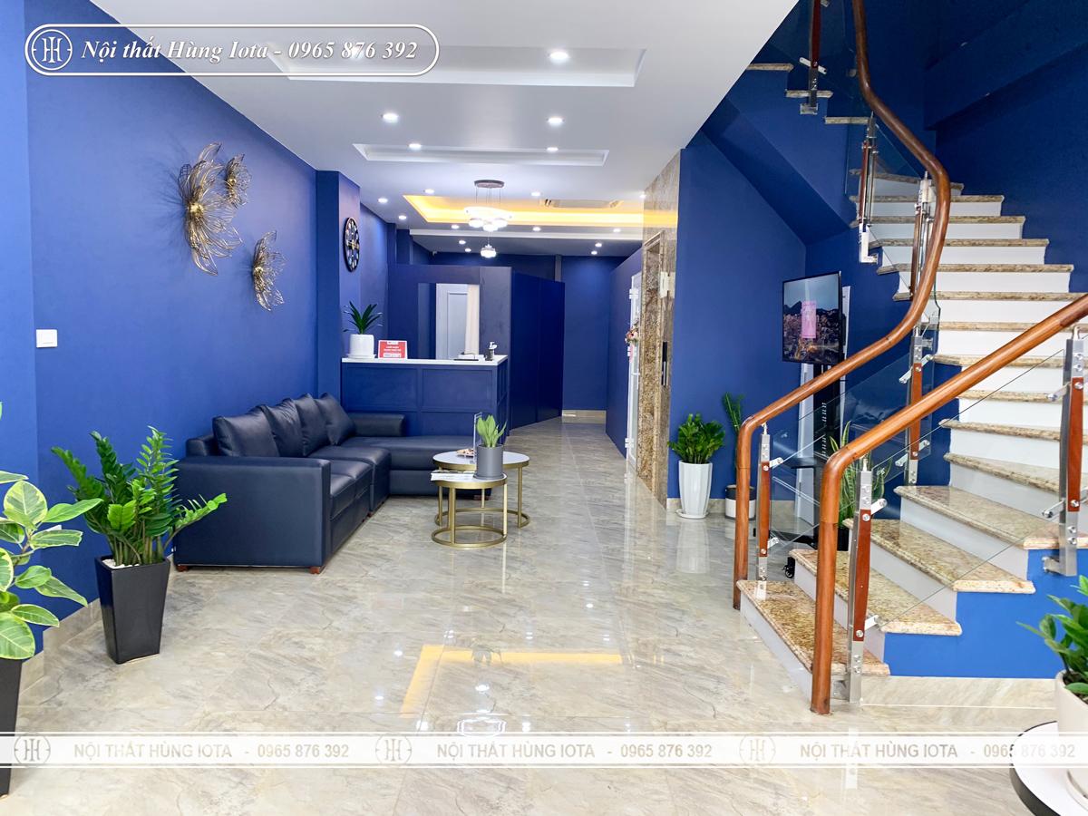 Thiết kế phòng khách màu xanh nước biển cho spa