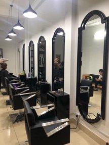 Gương cắt tóc hình trụ cách điệu đẹp chất lượng GCT41