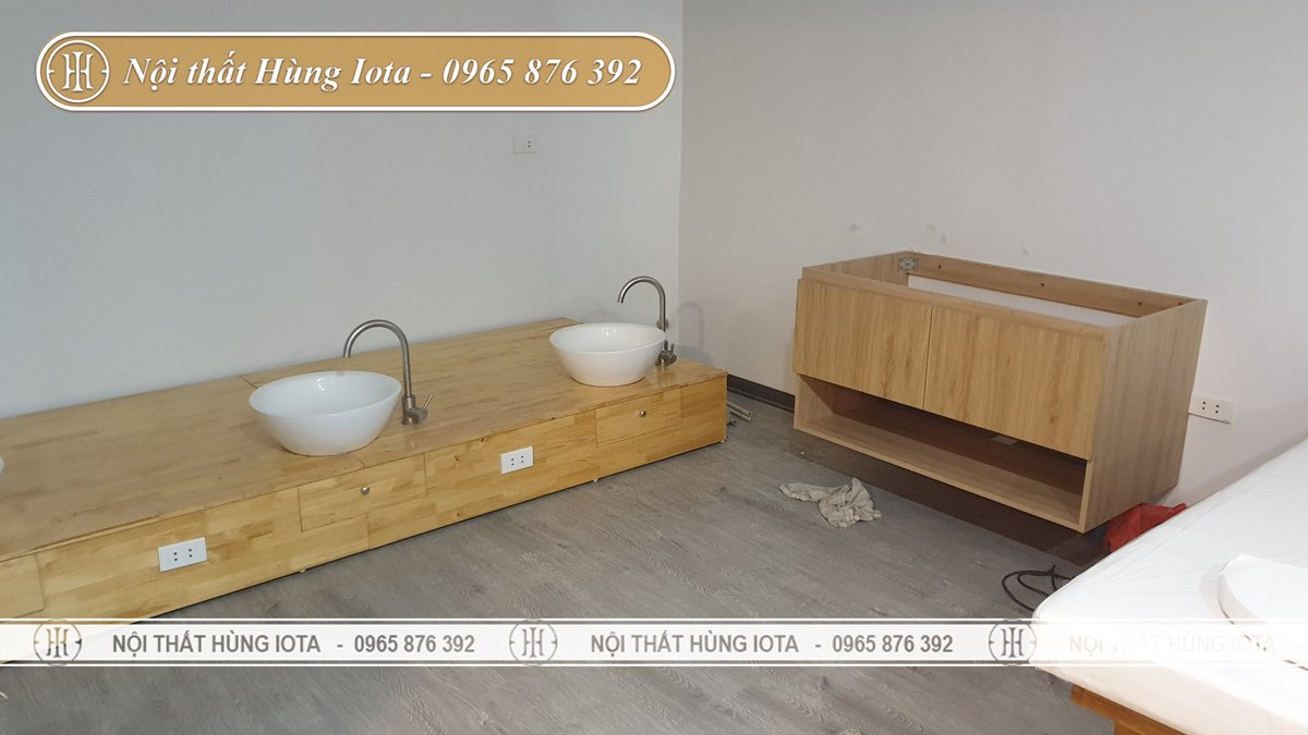 Lắp đặt bồn massage spa màu gỗ tự nhiên tại Hoàng Cầu