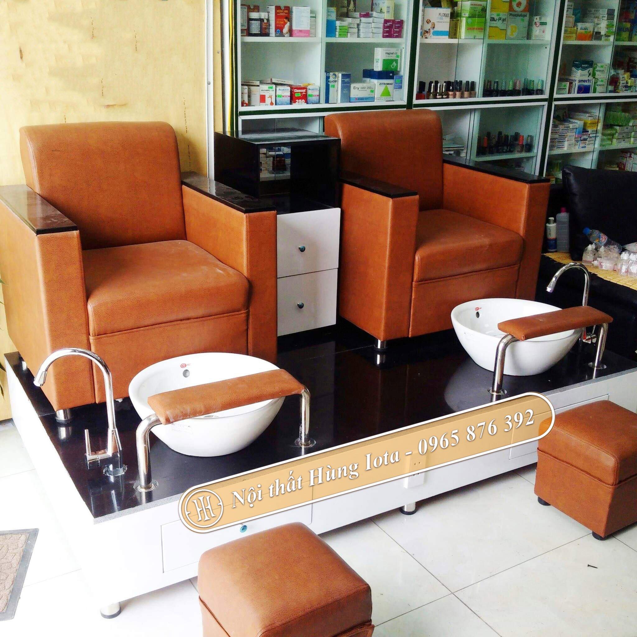 Ghế làm móng bọc da màu cam đơn giản GNN01