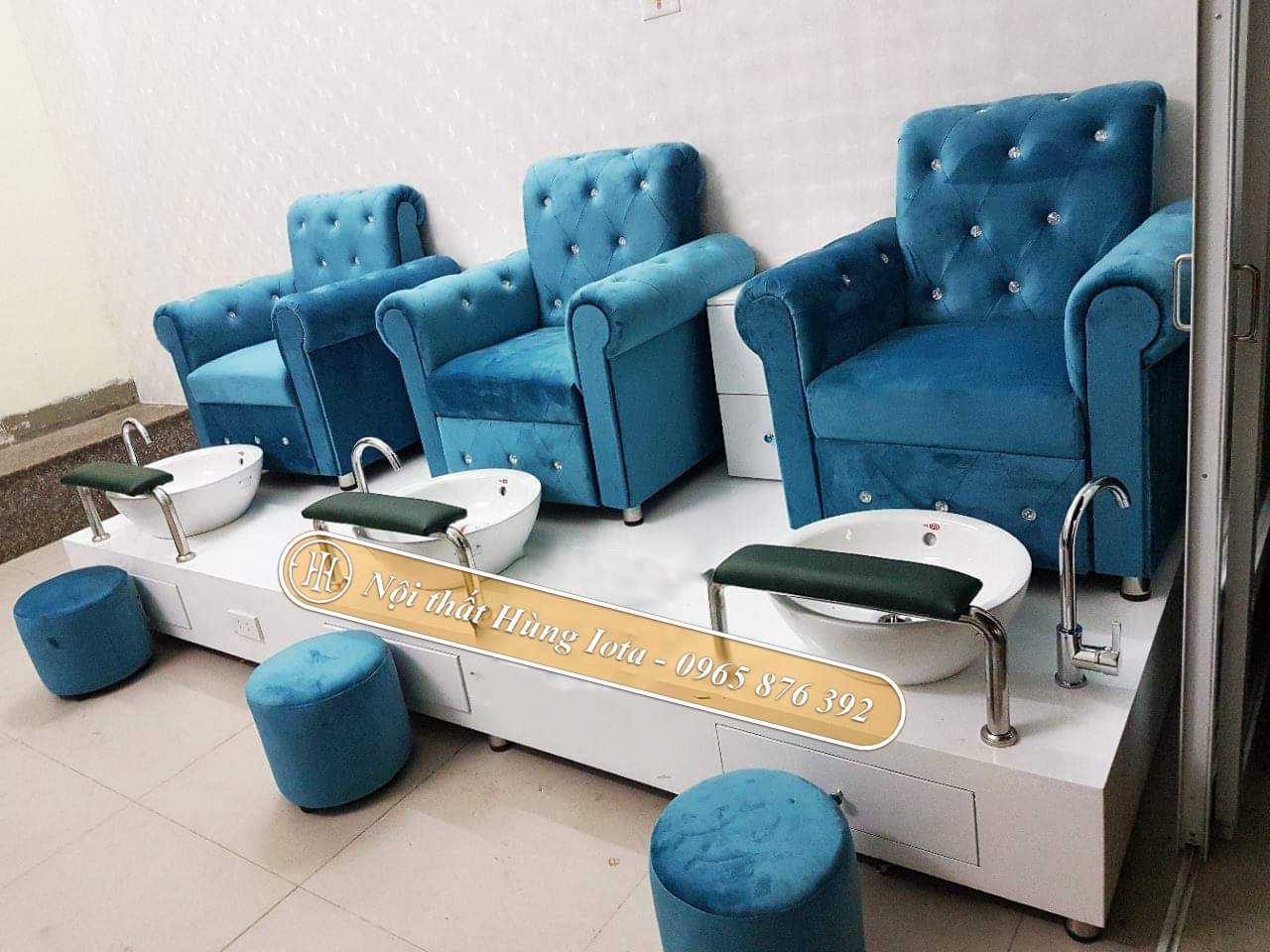Ghế ngồi làm nail màu xanh bọc nỉ nhung GNN03