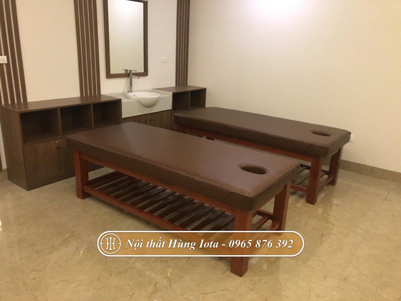 Giường massage màu nâu khung gỗ