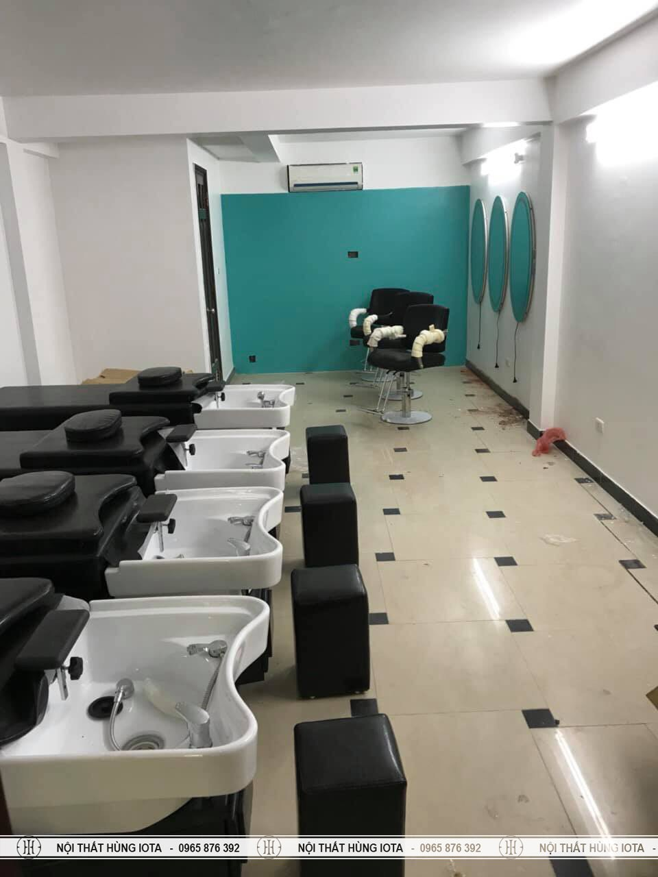 Hệ thống giường gội tại salon tóc