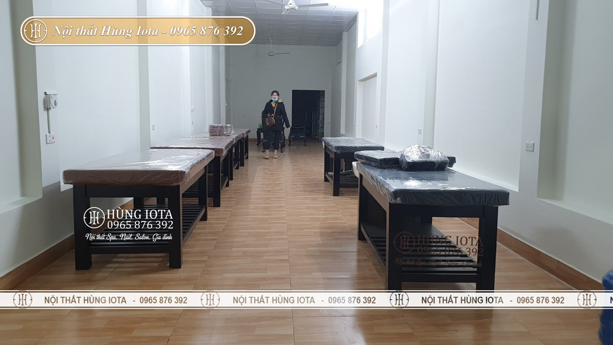 Thiết kế nội thất spa ở Quảng Ninh màu nâu đen
