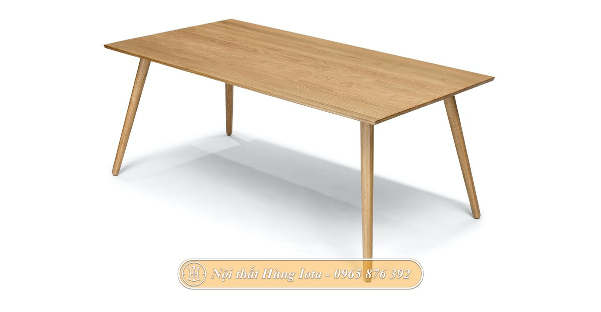 Bàn gỗ thiết kế theo phong cách đơn giản