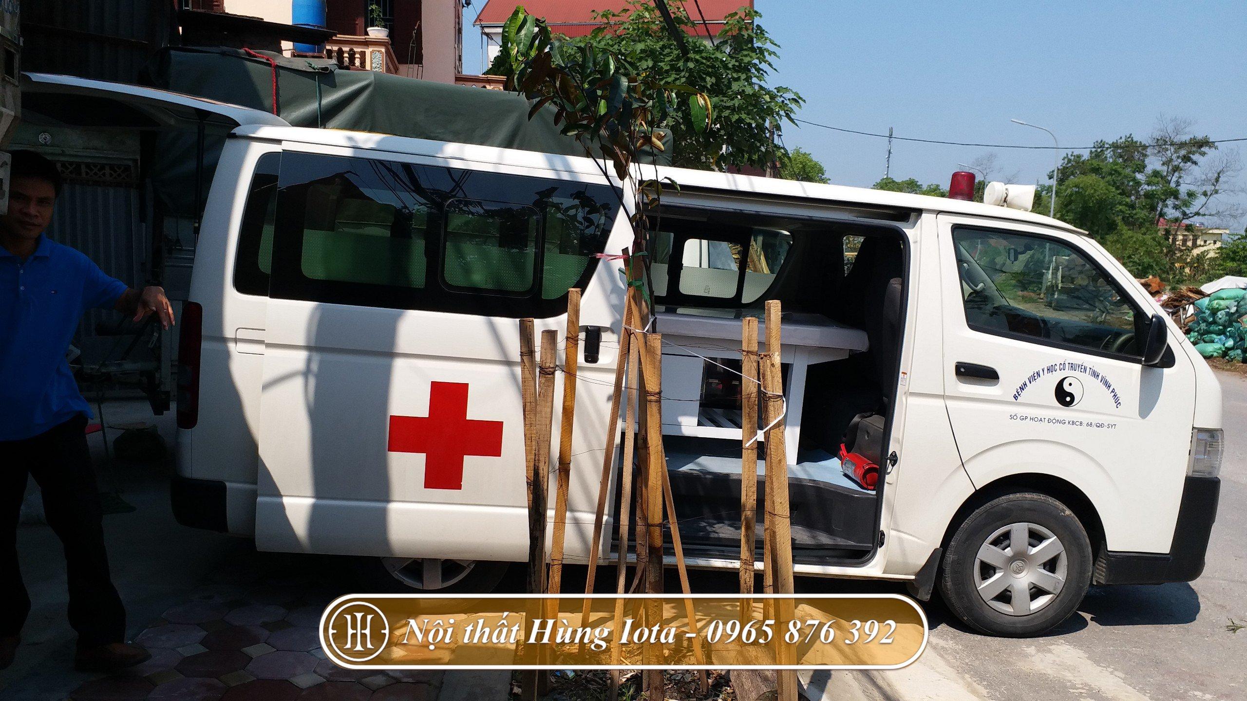 Giường vật lý trị liệu cho bệnh viện ở Vĩnh Phúc