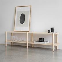 Kệ gỗ thấp trang trí phòng phong cách tối giản đẹp chất lượng cao KG05