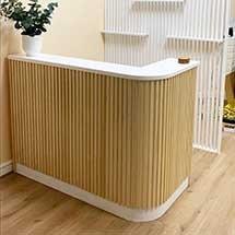 Quầy thu ngân nan gỗ giá rẻ chất lượng QTN32
