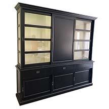 Tủ gỗ màu đen cửa trượt cho spa decor phong cách hiện đại TSP63