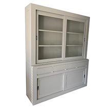 Tủ kính 3 tầng màu trắng ngọc trai decor cho không gian tinh tế TSP73