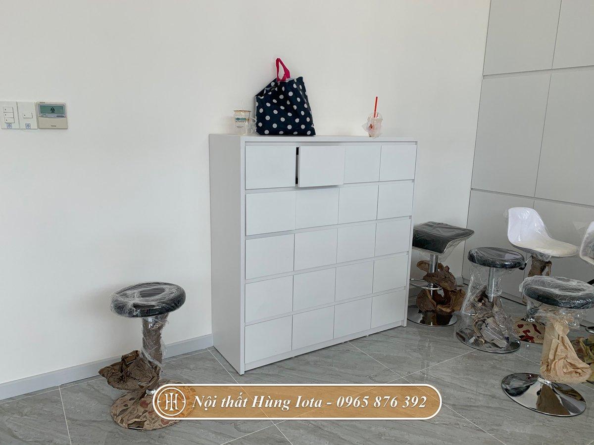 Tủ trắng nhiều ngăn thiết kế theo yêu cầu