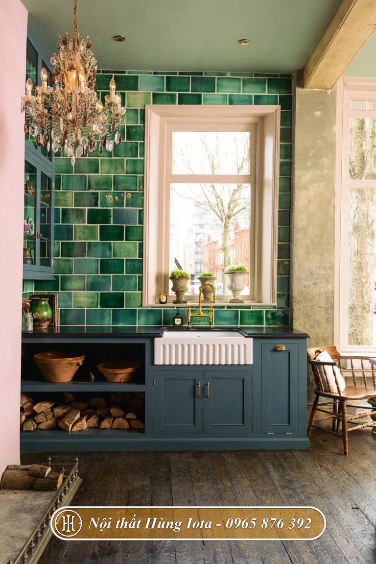 Bếp sử dụng giấy dán tường họa tiết xanh