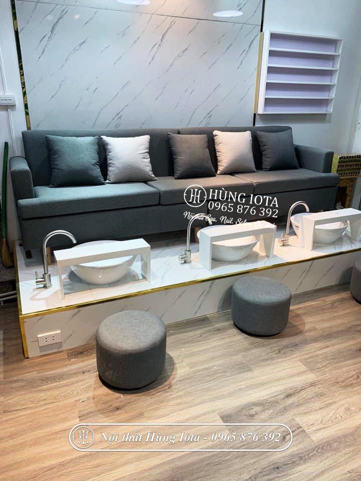 Ghế sofa dài làm nail màu xám thiết kế tối giản, sang trọng GNN09