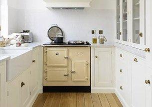 Thumb decor nhà bếp với sàn gỗ công nghiệp