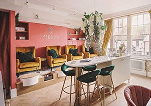 Thumb thiết kế nội thất tiệm nail đẹp đa sắc màu