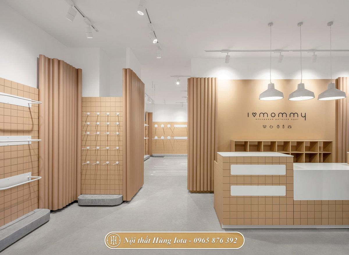 Không gian cửa hàng thời trang màu gỗ