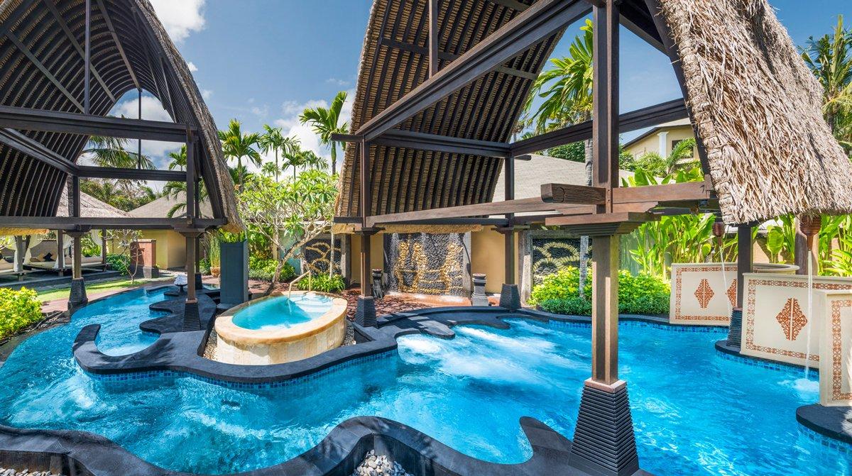Thiết kế spa có bể bơi nước mặn