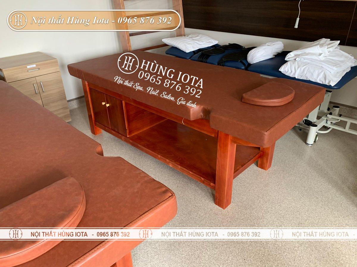 Giường massage gỗ sồi cho bệnh viện màu đỏ gỗ hương