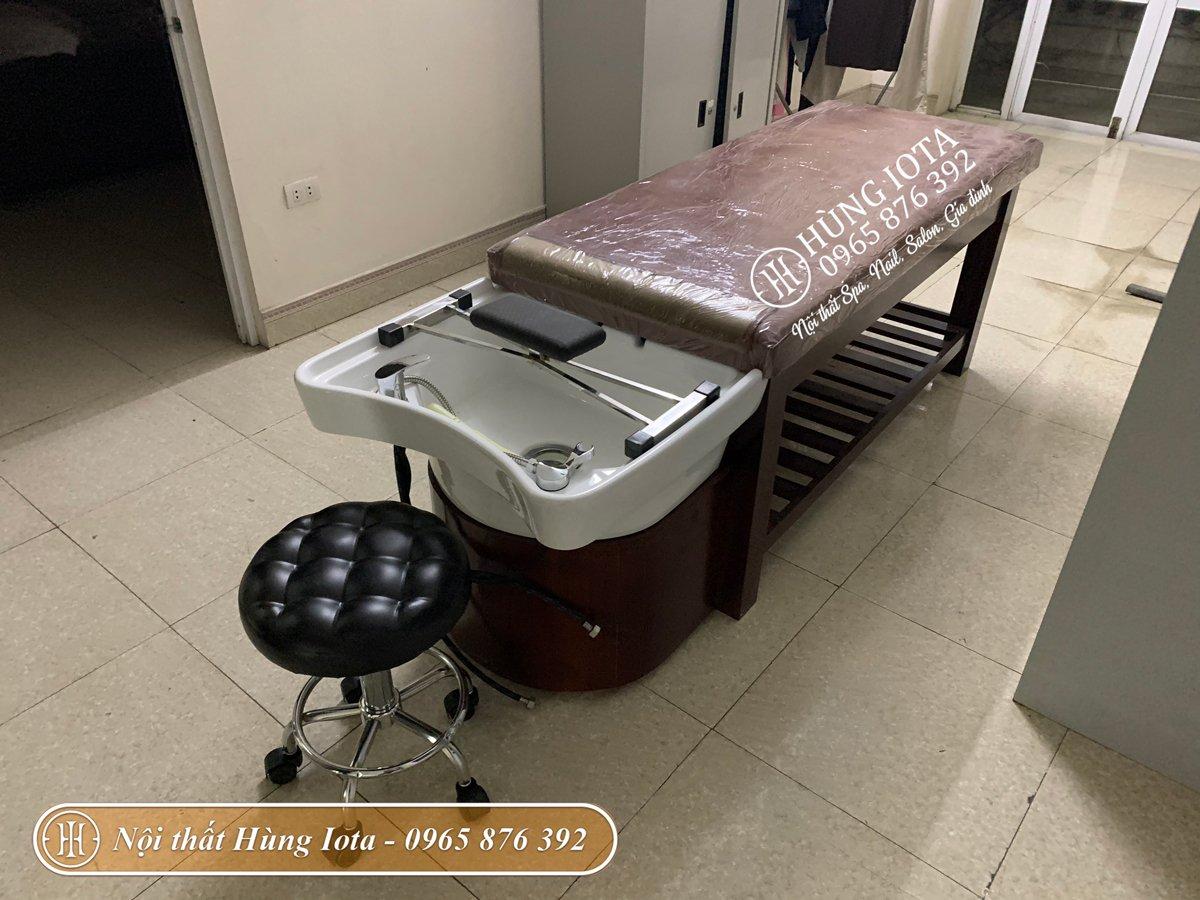 Lắp đặt giường gội spa ở Hưng Yên màu nâu sang trọng