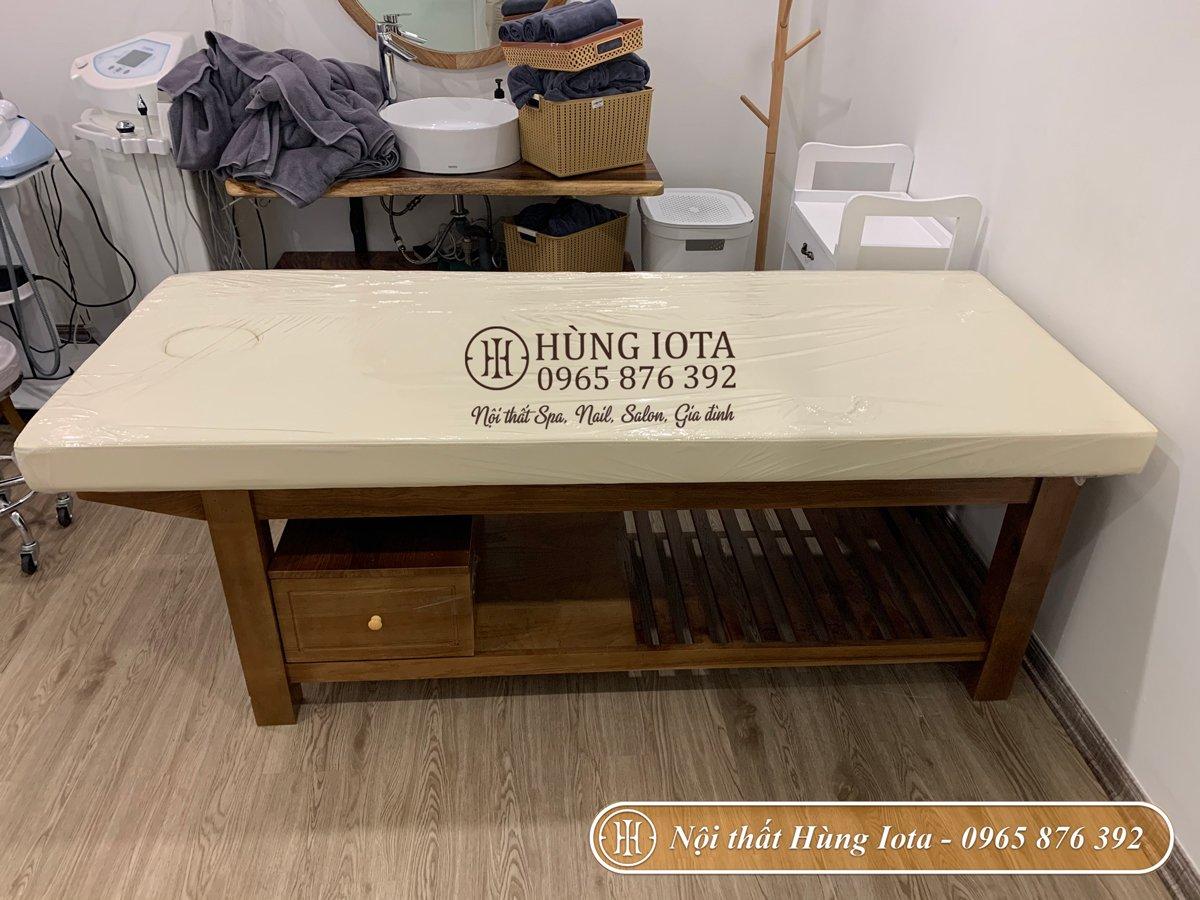 Lắp đặt giường massage body có tủ cho spa ở Triệu Việt Vương