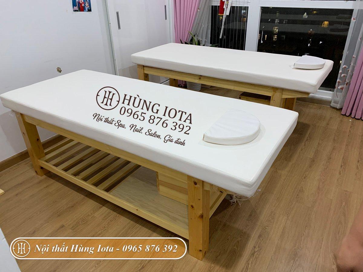 Lắp đặt giường massage spa gỗ thông tại Royal City