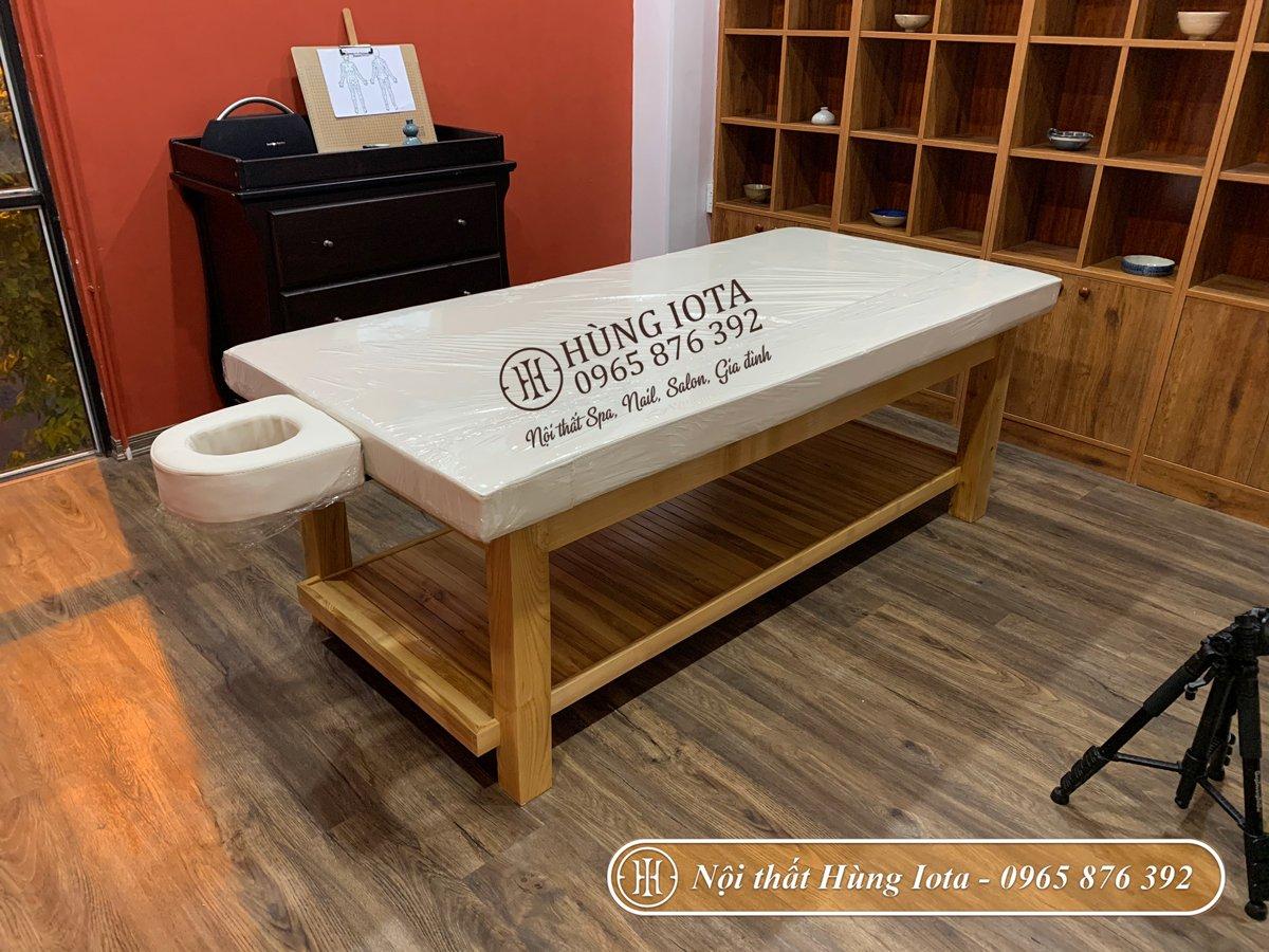 Lắp đặt giường massage spa màu gỗ tự nhiên tại Hà Đông