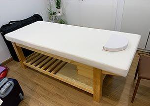 Thumb lắp đặt giường spa gỗ thông có tủ tại Royal City
