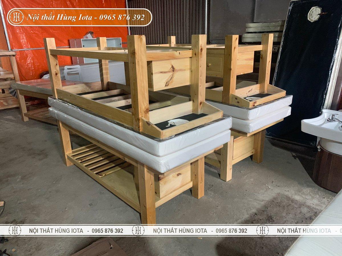 Giường massage spa gỗ thông cao cấp giá rẻ tại xưởng