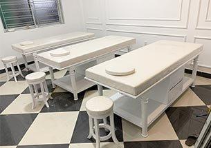 Thumb lắp đặt giường spa màu trắng tân cổ điển tại Hải Phòng