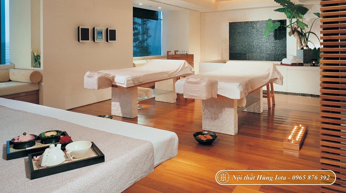 Lắp đặt giường massage cho phòng spa mini tone trắng gỗ