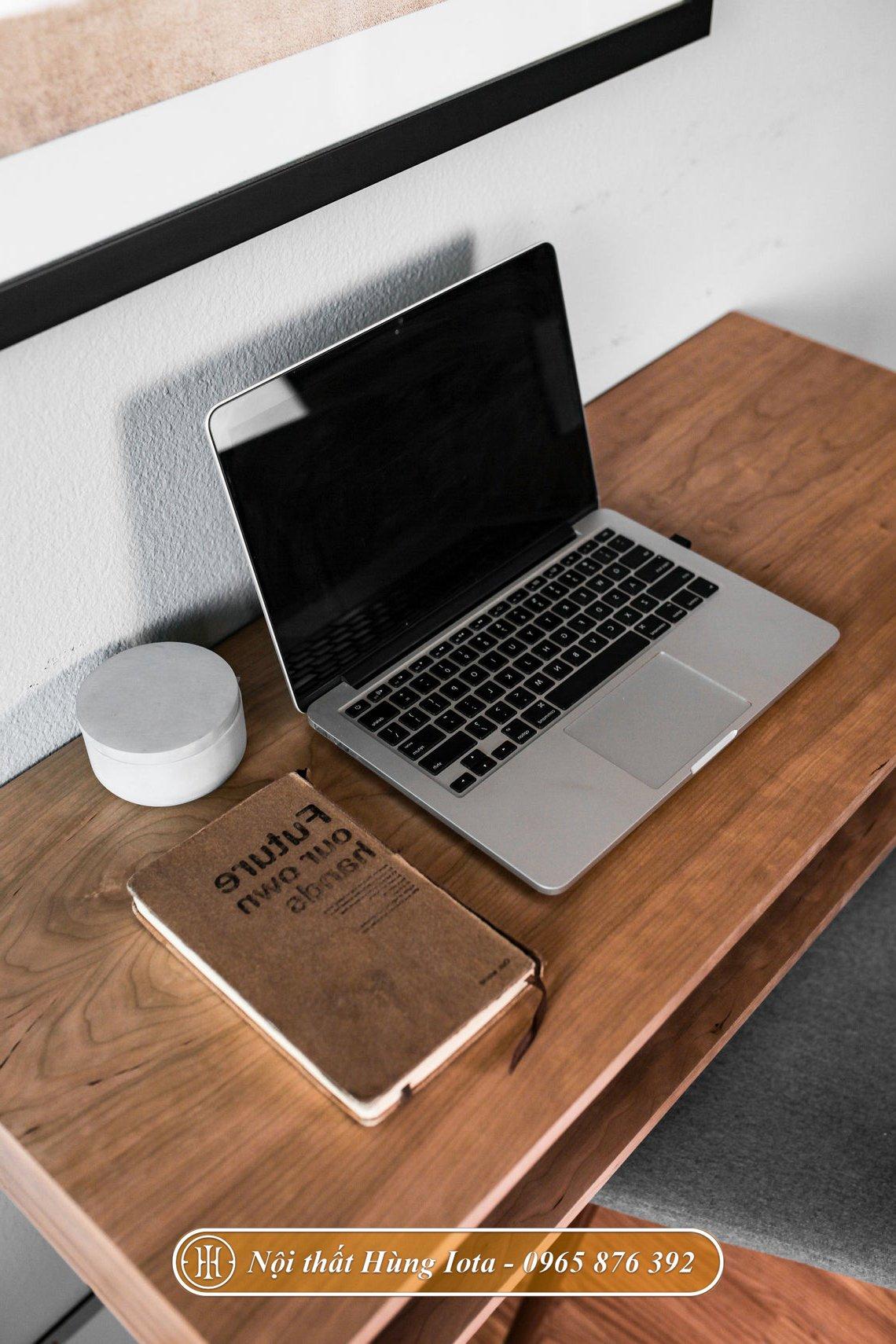 Bàn để máy tính laptop làm việc tại nhà gỗ sồi cao cấp
