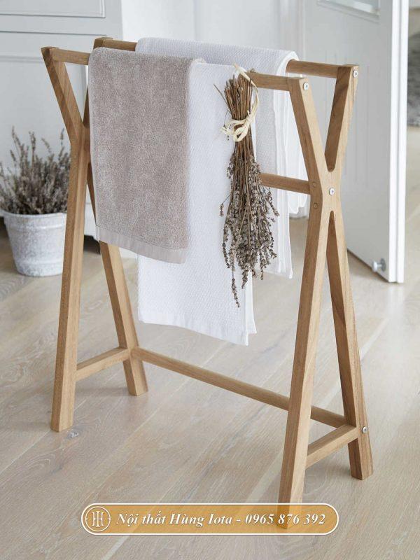 Kệ chữ X treo khăn phòng tắm màu gỗ tự nhiên