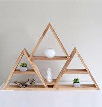 Kệ gỗ hình tam giác xếp chồng đựng đồ decor đẹp độc đáo KG65