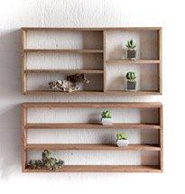 Kệ gỗ treo tường đẹp đơn giản hình chữ nhật màu nâu gỗ thanh lịch KG69