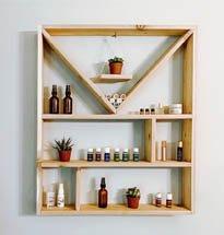 Kệ gỗ treo tường đựng mỹ phẩm decor spa, tiệm nail mi, salon tóc KG55