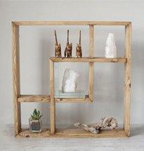 Kệ gỗ treo tường hình vuông cách điệu đẹp độc đáo KG70